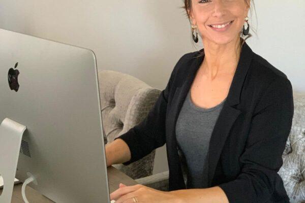Elise Goes Van Rijswijk, Mede-eigenaar en administratie Schoonmaakbedrijf Diamond Clear